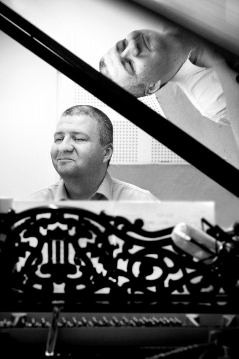 Jazzowe oblicze Warszawy Singera