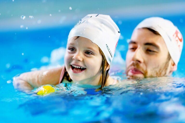 Pływanie krok po kroku, czyli od czego zacząć przygodę z pływaniem