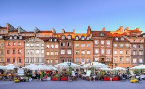 Jak kreatywnie spędzić czas w wakacje w Warszawie?