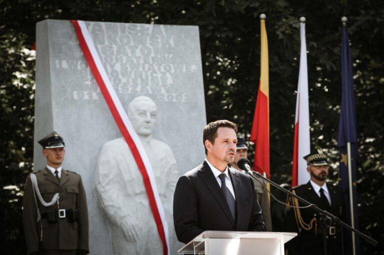 """Deweloperzy w hołdzie """"Budowniczemu Warszawy"""" – Stanisławowi Jankowskiemu """"Agatonowi"""""""